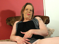 Older housewife playing with herself