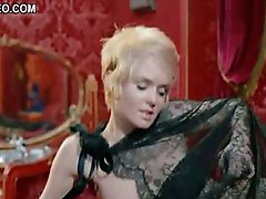 Mesmerizing Retro Star Joey Heatherton Shows Her Boobs In 'Bluebeard'